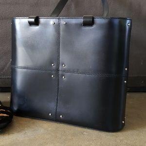 🎉HP🎉TOD'S Studded Black Leather Handbag
